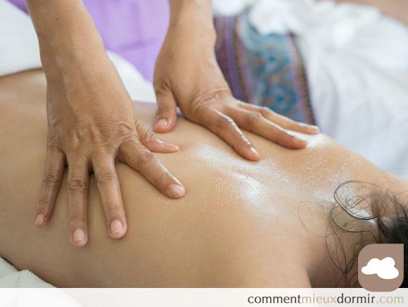 massage du dos pour mieux dormir